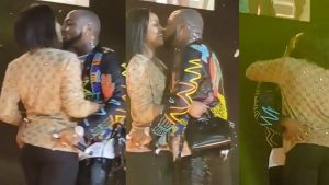 Video of Davido Kissing Chioma on Stage Thrills Audience