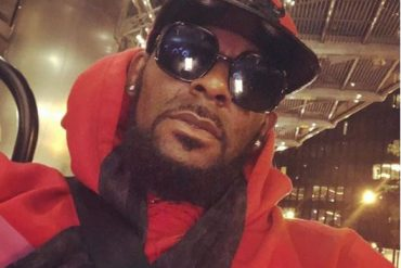 Court Grants R.Kelly $1m Bail, He Can't Afford It