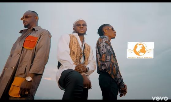 Krizbeatz Ft. Sean Tizzle & Ceeboi Level Video Download