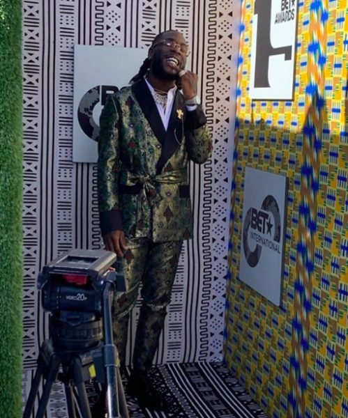 Burna Boy looking dapper at 2019 BET AWARDS