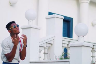 KiDi – Fakye Me ft. Medikal Video Download Mp3bullet