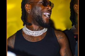 Burna Boy do the soapy dance on the street. [Watch]