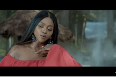 Waje ft. Johnny Drille – Udue Video Download