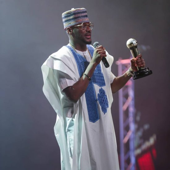 2Baba gets Honourary award at AFRIMMA19