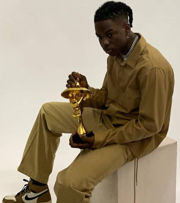 "#Headies2019: Rema wins ""The Next Rated"" Award."