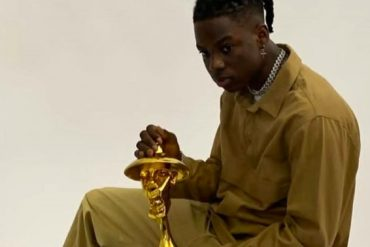 #Headies2019 - Rema wins The Next Rated Award.