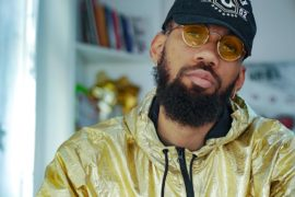 Phyno Collaborates With New Age As They Unveil Earphones.