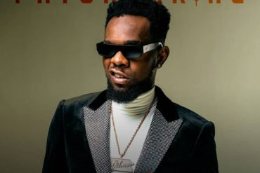 """How Patoranking Reacted To A Fan's Cover Of """"I'm in Love"""""""