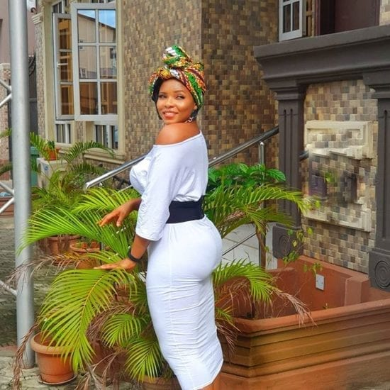 Yemi Alade Advises Fans Who are Envious of their Neighbors Success