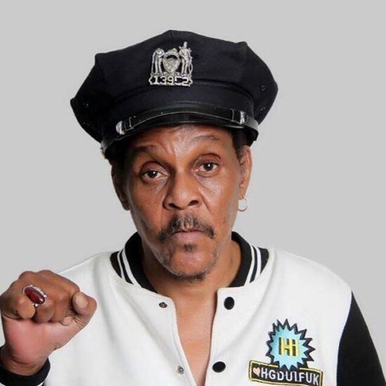 Majek Fashek to be buried in the US