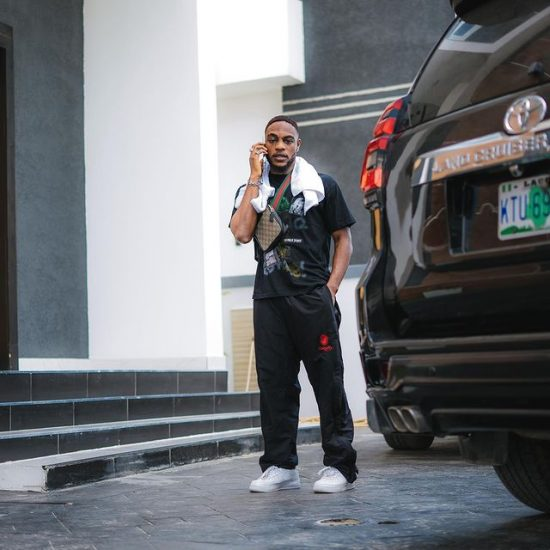 LAX gifts himself two luxurious cars in one day