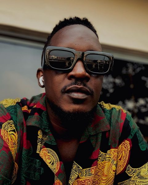 M.I Abaga reacts as a fan say he won't marry until he does