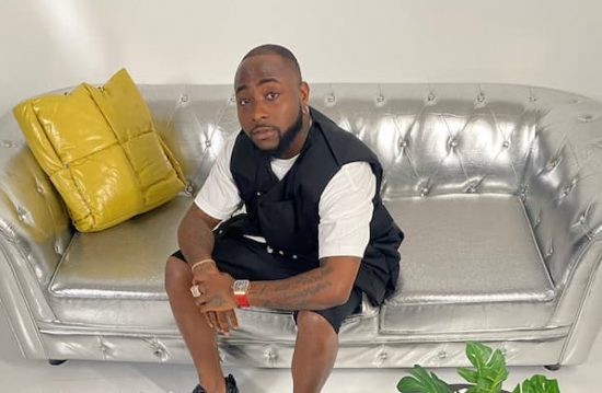 Davido reacts as Fans drag Man who trolled him for years and later styled him