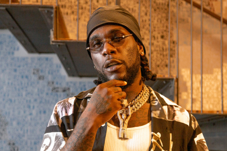 Burna Boy becomes the first artiste to reach 100M streams on Boomplay