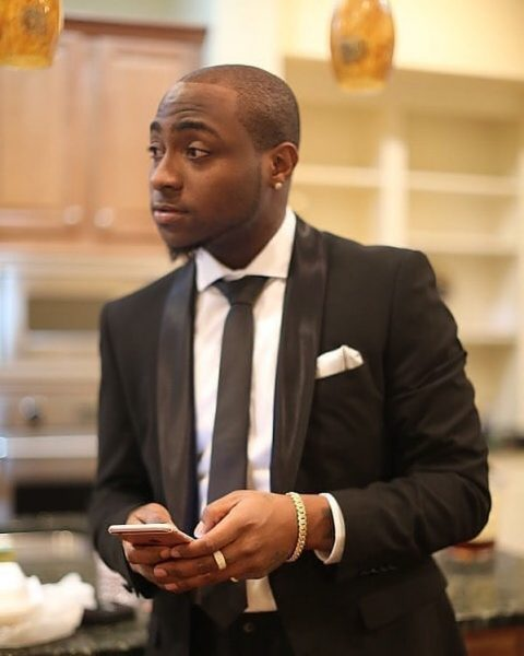 Davido reacts as Nengi wins Gage's online influencer of the year