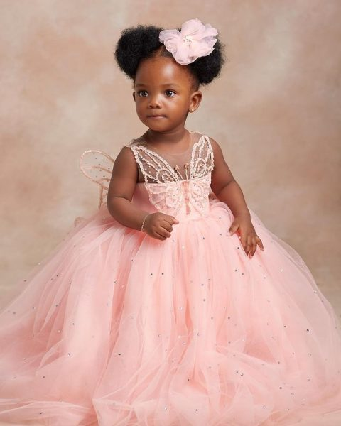 Adekunle Gold And Simi Show The Face Of Their Daughter, Deja as they celebrate her 1st birthday