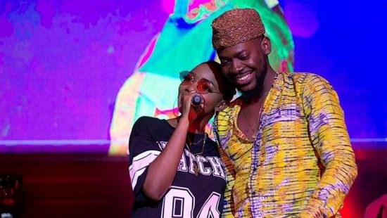 Adekunle Gold reacts as Simi jokes about marrying a Photographer