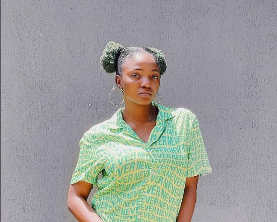 Simi promises fans an 'Album of Albums', apologizes for the delay
