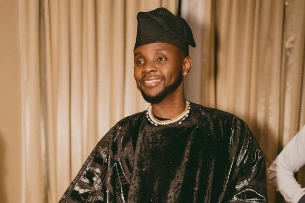 Kizz Daniel receives his first No.  1 with 'Lie' in the turntable toptable 50: