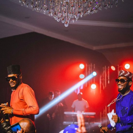 D'Banj and 2Baba treat fans with a superb Performance in Abuja